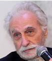 Paul vecchiali Né à Ajaccio le 28 avril 1930, Paul Vecchiali passe son enfance à Toulon. Soupçonnée injustement de pétainisme, sa famille déménagera après la guerre.
